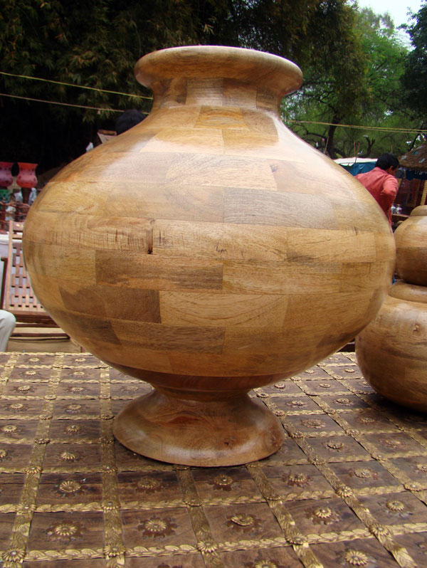 Wooden pot big size